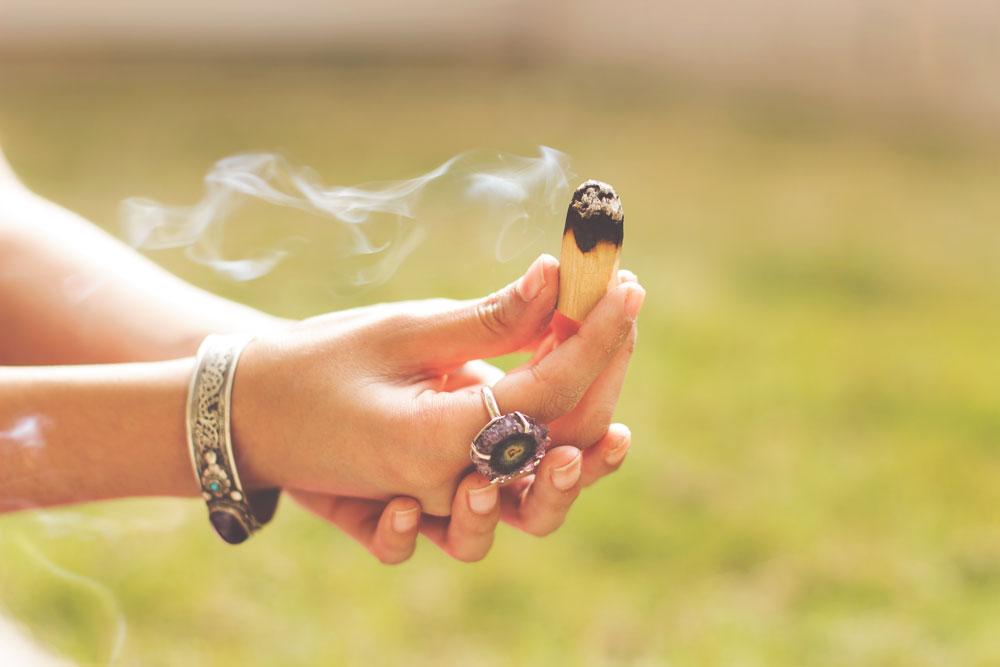 Cleanse | Palo Santo Wood | Boho Hippie Gypsy Jewelry | The Wanderful Soul Blog