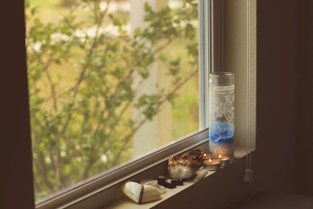 Reflection | Boho hippie home | Crystal love bohemian
